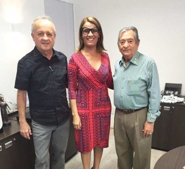 Audiência com a Secretária de Administração Estadual Livânia Maria da Silva Farias