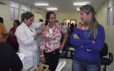 Laureano vacina seus colaboradores contra H1N1
