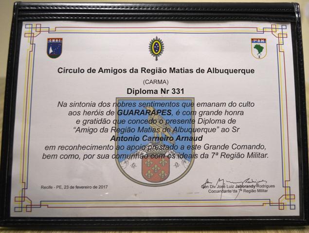 Presidente da Fundação Laureano é homenageado pela 7ª Região Militar