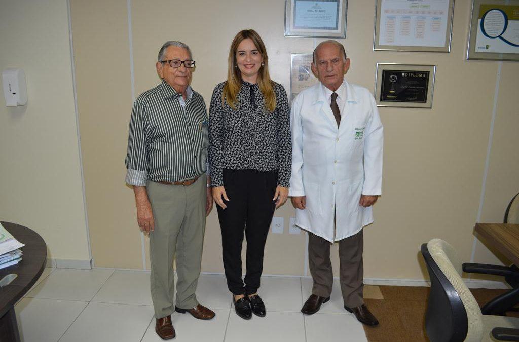 O Hospital Napoleão Laureano recebe a visita da Deputada Estadual Daniella Ribeiro