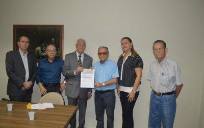 Fundação Laureano recebe doação do SINDESP
