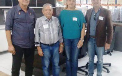 Diretores da Fundação / Hospital Napoleão Laureano fazem visita a Gráfica Santa Marta.
