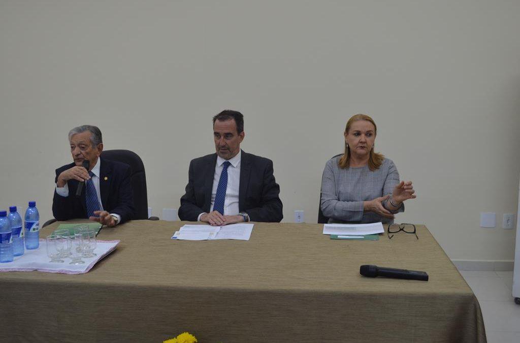 Ministro da Saúde visita Hospital Napoleão Laureano e anuncia Benefícios