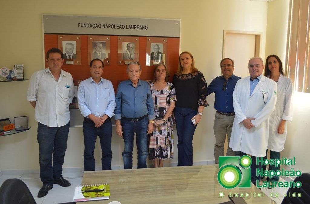 Visita ao Hospital Napoleão Laureano
