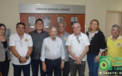 SOLIDARIEDADE Unopar e Bodes do Asfalto doam fraldas para Hospital Napoleão Laureano