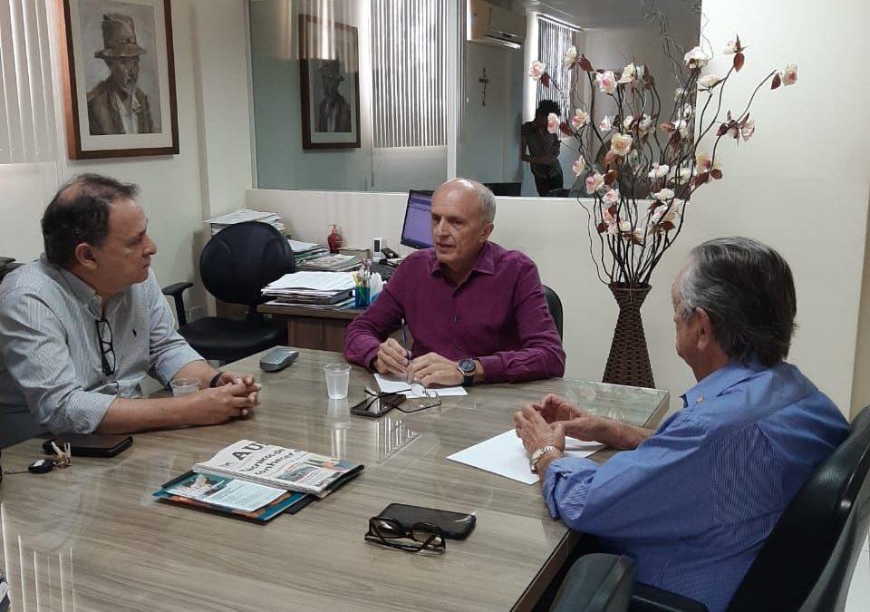 Governador e secretário de Saúde decidem quarta-feira ajuda ao Hospital Napoleão Laureano