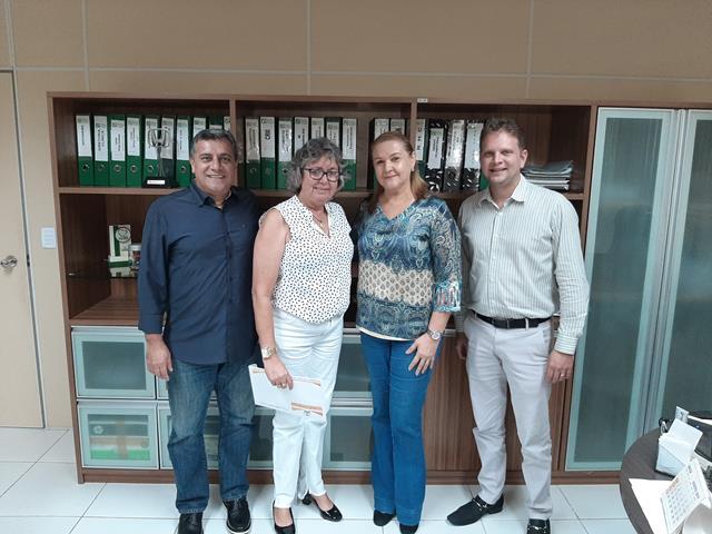 Prefeita Aurileide assina convênio com Laureano e garante repasse para Hospital