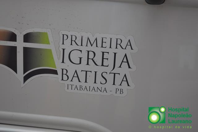 Igreja Batista de Itabaiana doa leite em pó para crianças internas no Hospital Napoleão Laureano