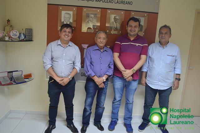 Tavares também está na rede de municípios que apoia o Laureano