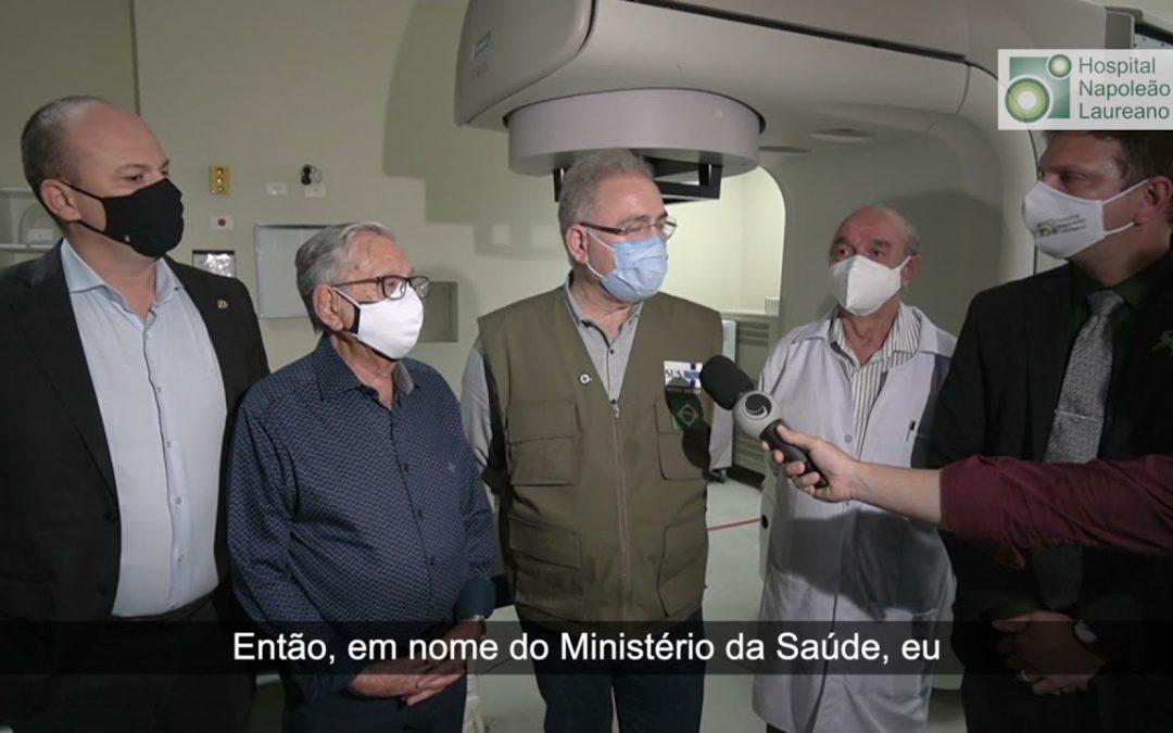 Ministro da Saúde visita o Hospital Napoleão Laureano