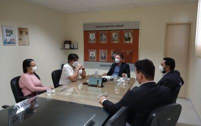 Deputado Eduardo Carneiro visita HNL e confirma destinação de emendas