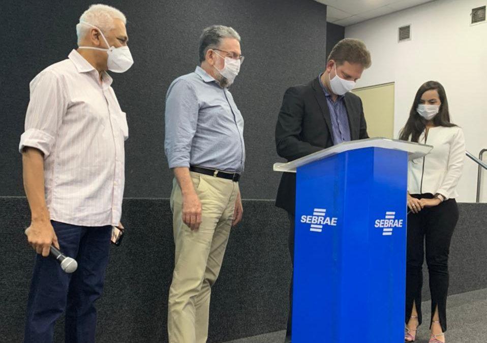 Hospital Laureano e Sebrae Paraíba celebram convênio para modernização de gestão